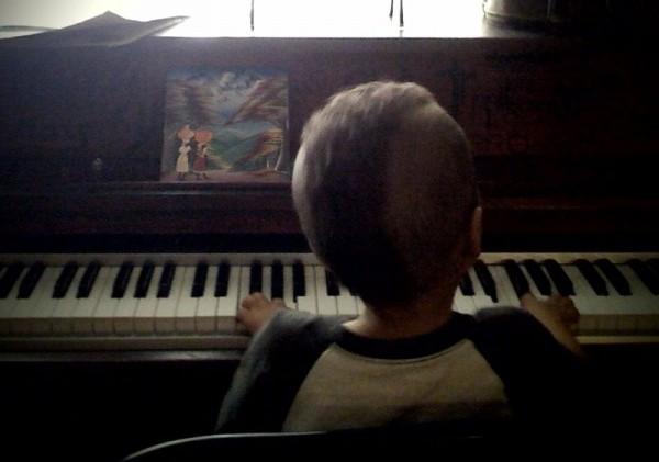 deak at piano