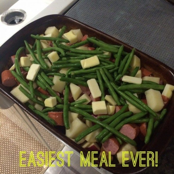 Sausage links + Potatoes + String Beans