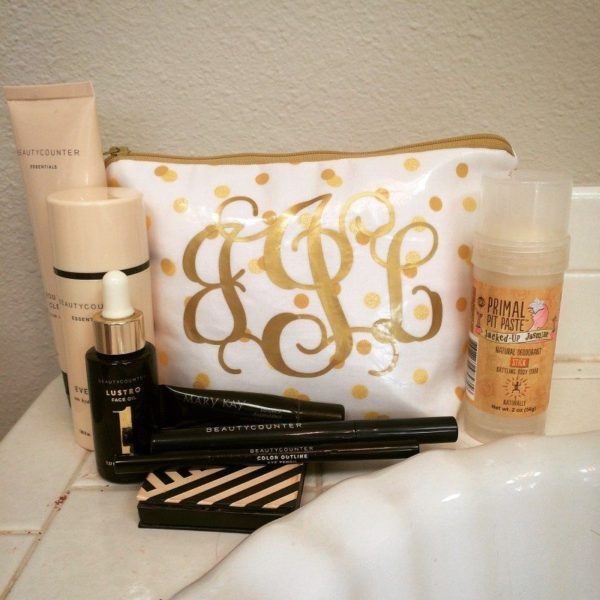 My simple make-up bag