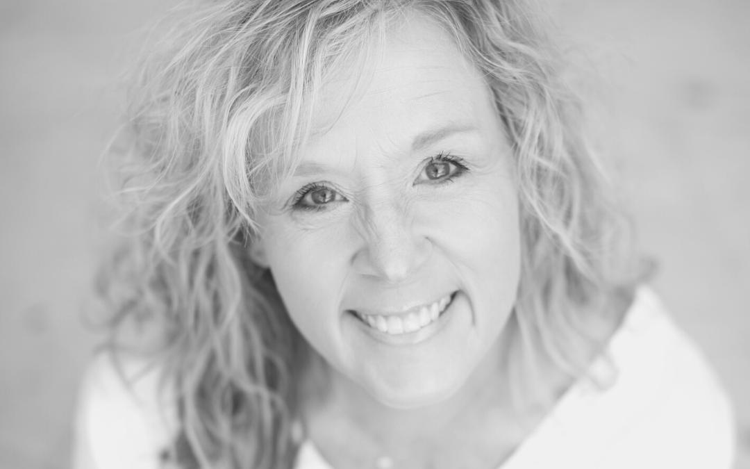 The Happy Hour #273: Susie Davis